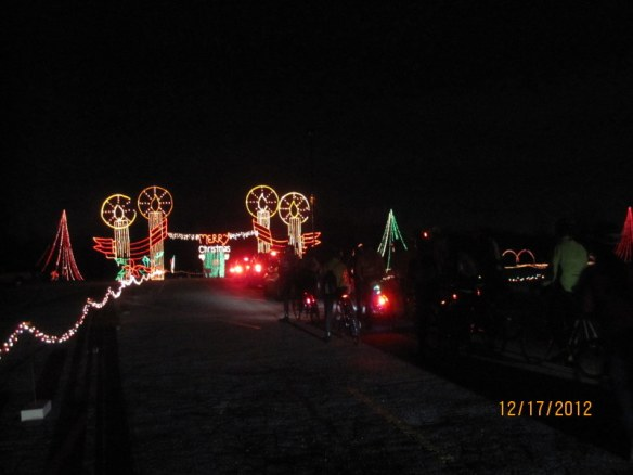 Cycling through holiday light display