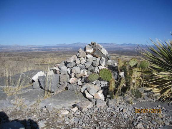 we added a rock to the cairn at the top of the lookout.  Really nice hike at Karchner Caverns SP