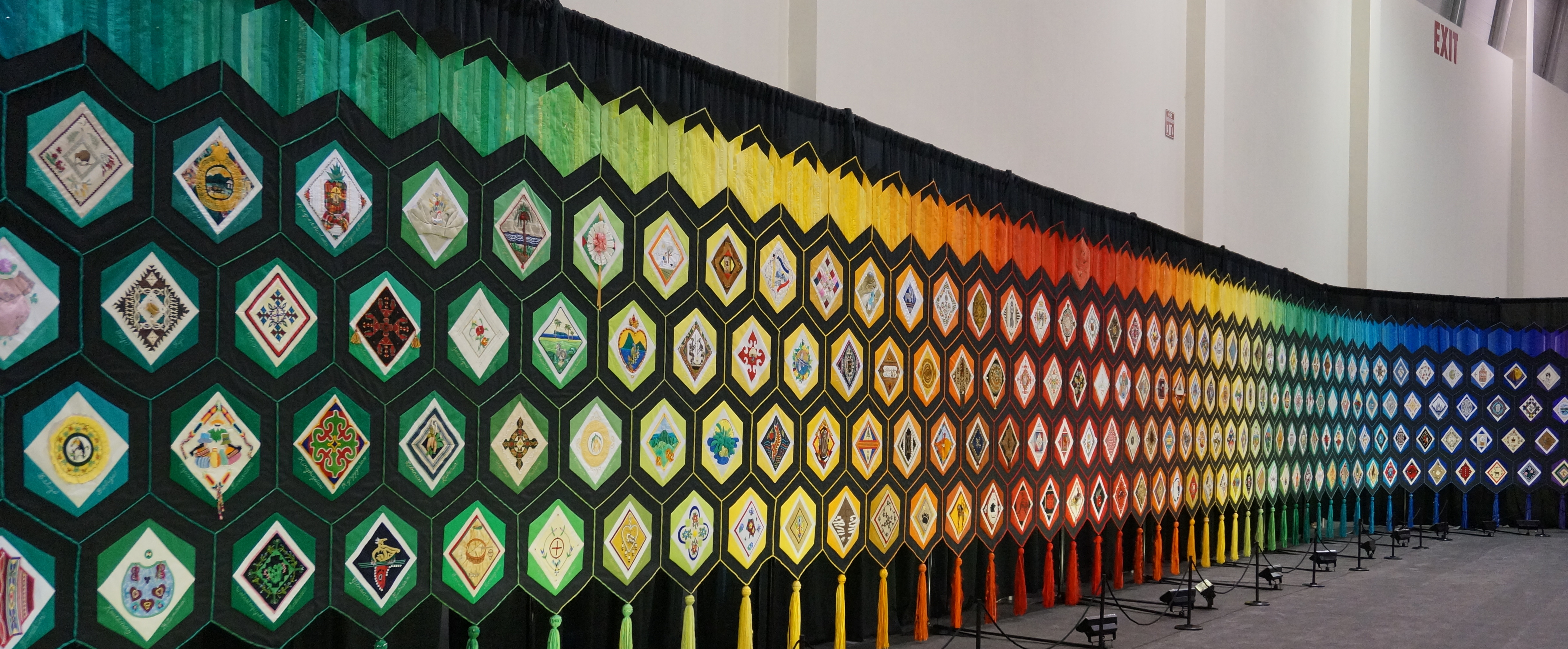 Quilt of Belonging   campshaws : quilt of a country - Adamdwight.com